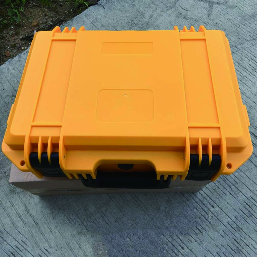 Yellow color SQ3321L light weight  strong plastic suitcase without foam