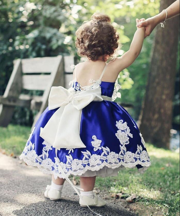 Well-Designed Flower Girl Dress with White Appliques Bow Belt Tea-Length Customized Ball Gowns For Cute Baby for First CommunionWell-Designed Flower Girl Dress with White Appliques Bow Belt Tea-Length Customized Ball Gowns For Cute Baby for First Communion