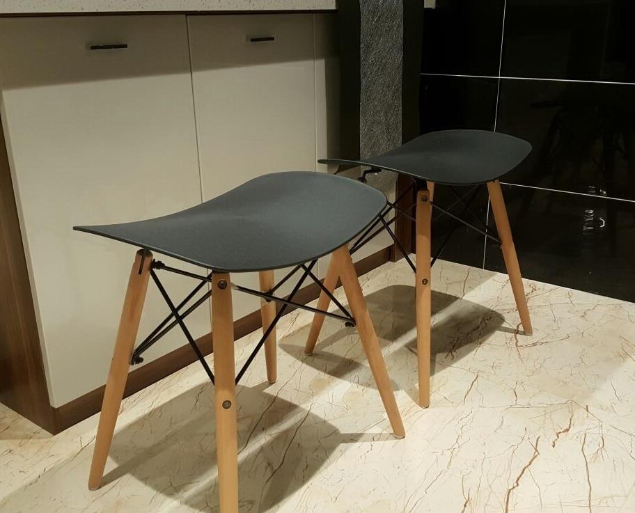 Popolare design moderno plastica e legno da pranzo sedia sgabello