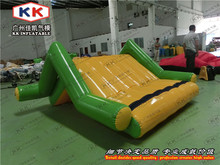 Water Games Supplier Heat Sealed Mini Inflatable Floating Water Island Climbing Slide