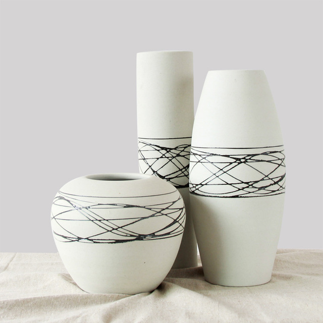 Ceramic Porcelain Tabletop Vase Set Collection 3 Pcs With Simple