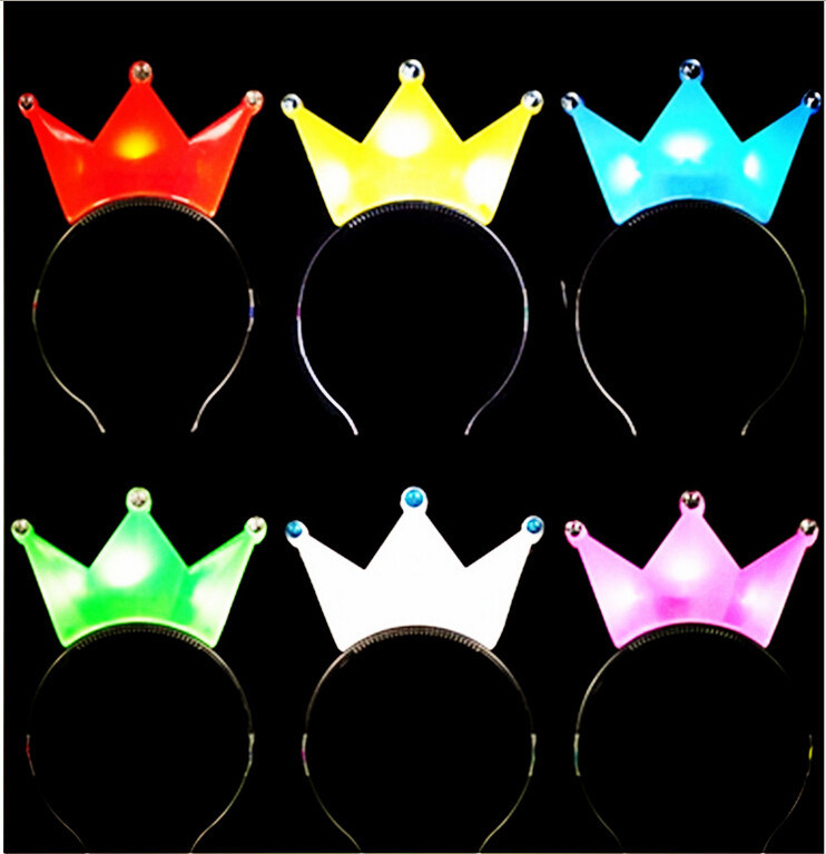 Wholesale Hairdress Accessories For Children LED Flash Crystal Crown Hairbands Christmas Headwear For Kids Holiday Party Gifts