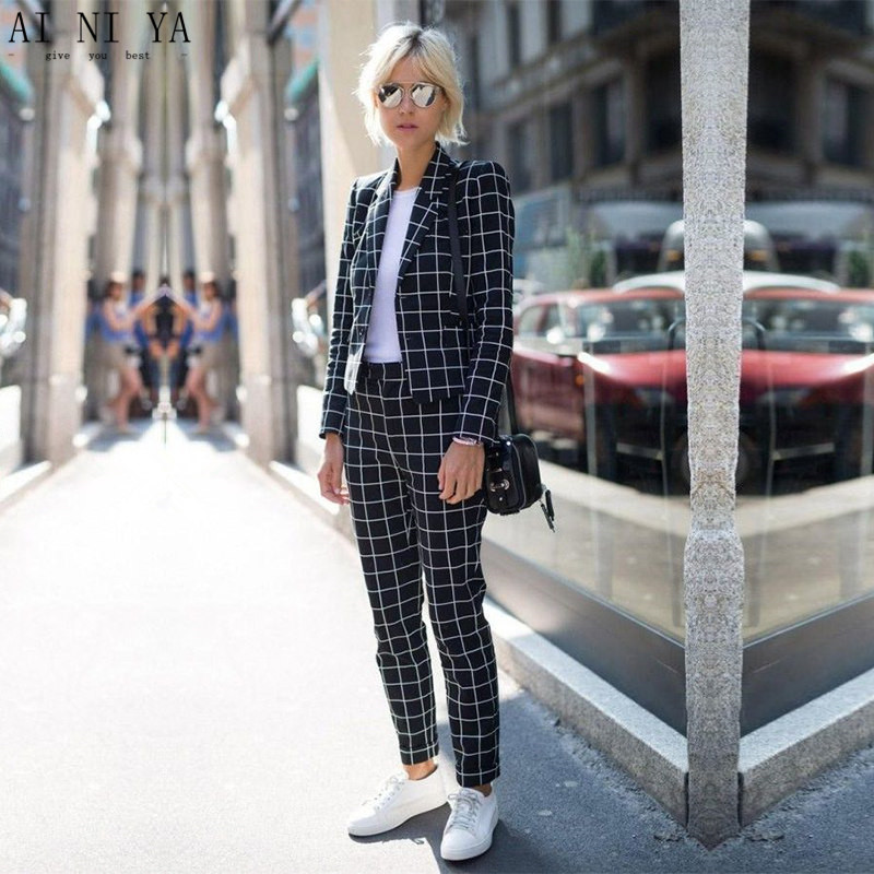 Women Pant Suits Black And White Plaid Women Groom Tuxedos -9266