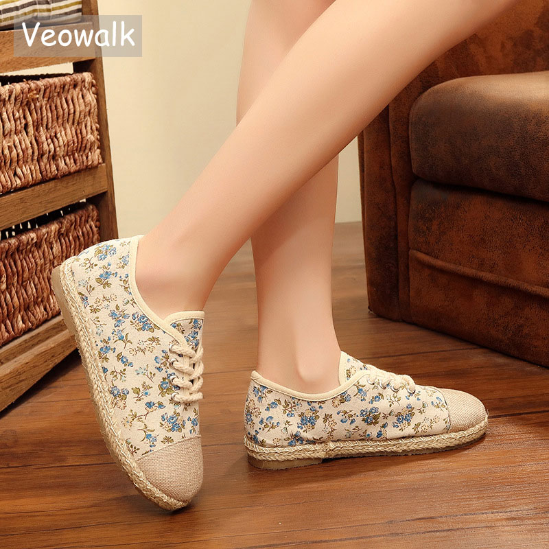 Veowalk Linen Canvas Patchwork Women Fashion Casual Lace-up Flat Shoes Low Top Floral Printed Shoes For Ladies Zapatos Mujer