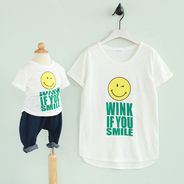 Brand New 2016 Family matching clothing Smilling face t shirts for Girls and Women Summer Cotton Mom and child tees