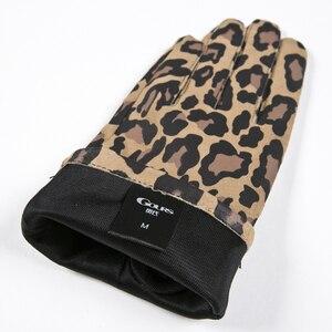 Image 4 - Gours automne et hiver femmes gants en cuir véritable mode nouvelle marque chèvre moufles décontracté conduite imprimé léopard GSL004