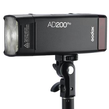 2019 New Godox AD200Pro Outdoor Flash Light 200Ws TTL 2.4G 1/8000 HSS 0.01-1.8s Recycling with 2900mAh Battery