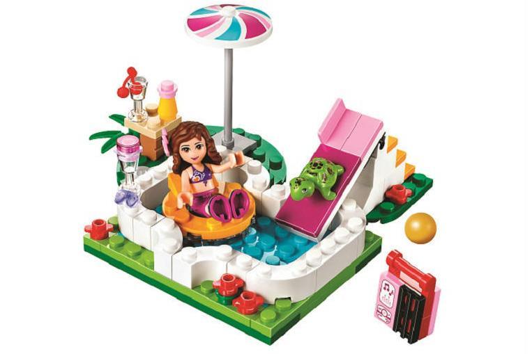 2017 New 10542 Friends Olivias Garden Pool Girls Building Blocks Kids Model DIY Bricks Toys gift Compatible 41090 for children