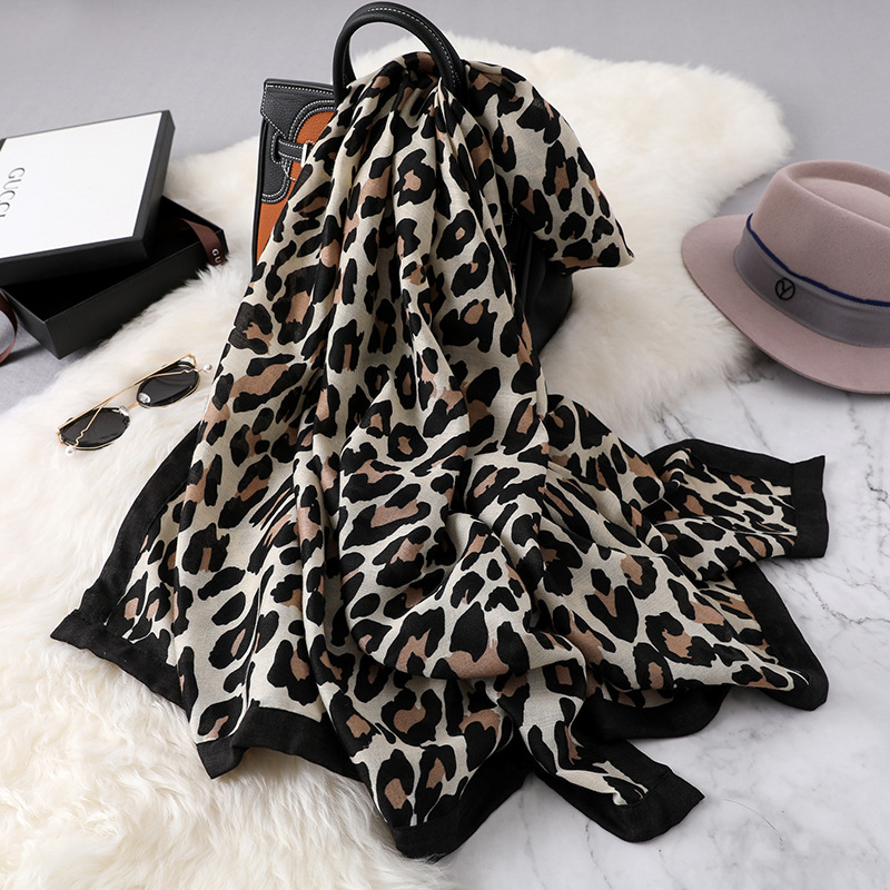 New Women Leopard Print   Scarf   Lady Soft Shawls Luxury Brand Desginer   Scarves   Beach   Wrap   Pashmina Foulard Bandana