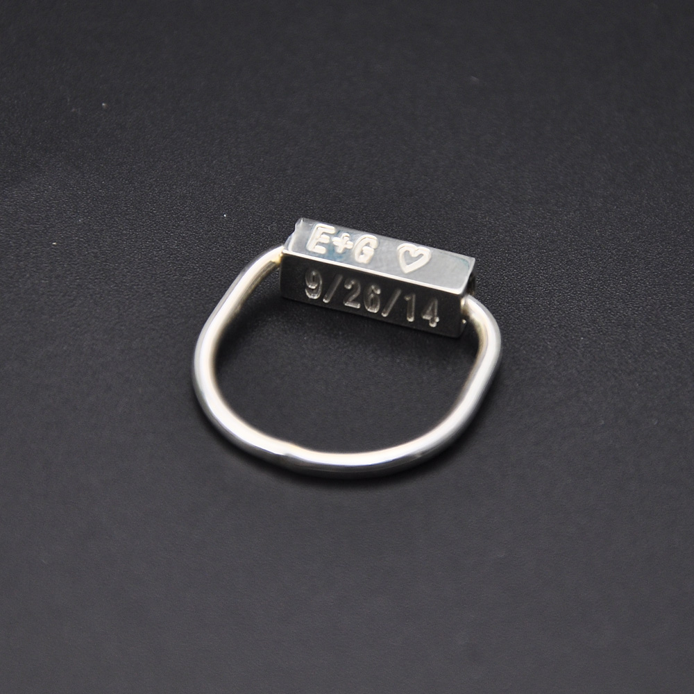 все цены на Wholesale 925 Sterling Silver Bar Ring 3D Cube Engraving Ring Name Date Stamp Custom Ring Personalized Design Ring Gift онлайн