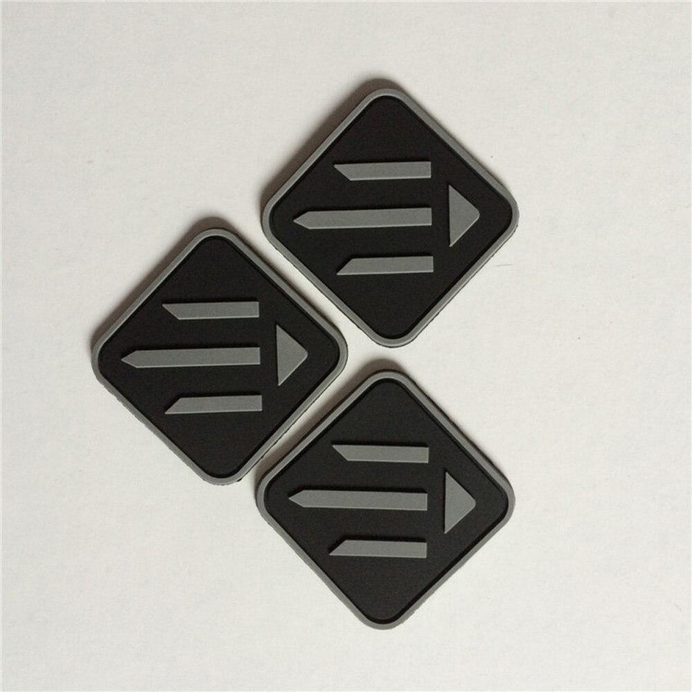 (1000 teile/paket) Angepasst PVC 3D abzeichen, kunststoff etiketten/patches mit marke name und logo für bekleidungs zubehör-in Abzeichen aus Heim und Garten bei  Gruppe 1