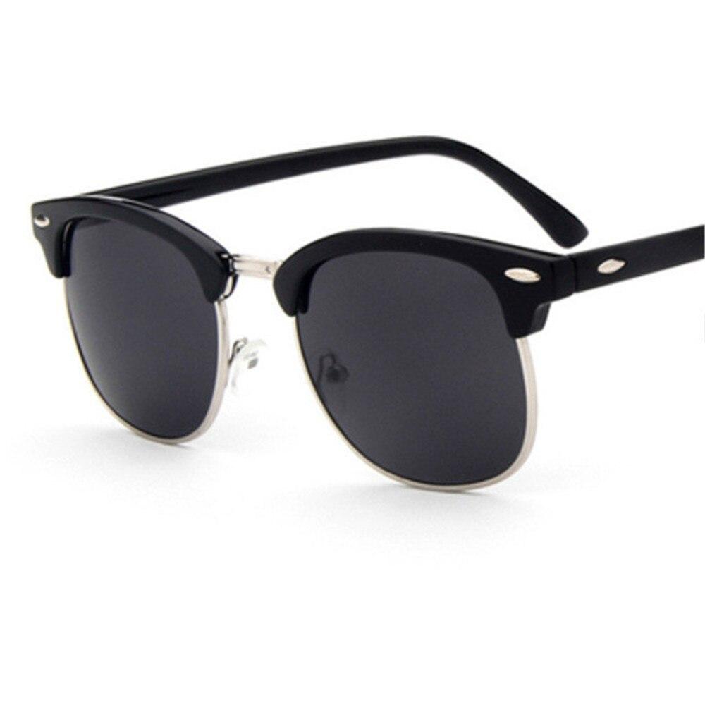 ZXRCYYL 2018 Fashion New Sunglasses Men/Women Retro Rivet High Quality Polaroid Lens Brand Design Sun Glasses Female OculosUV400