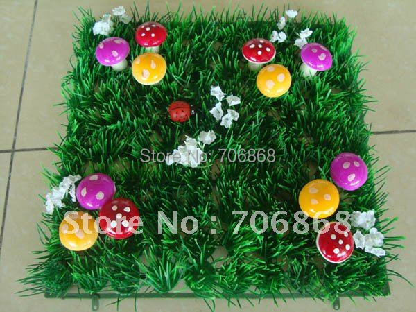 Free shipping 25*25 artificial plastic decorative grass mat boxwood mat with red mushroom and ladybug fairy door supply