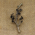 Free Shipping Vintage Branch Flower Brooch Pin