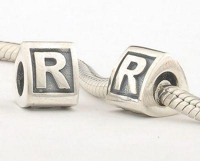 ciondoli pandora lettera r