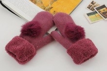 2019 new Women's gloves with sheep fur in  Winter women  gloves ladies knitted mittens with flowers high quality
