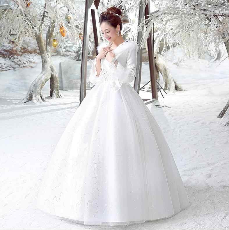 Показать фото зимних свадебных платьев