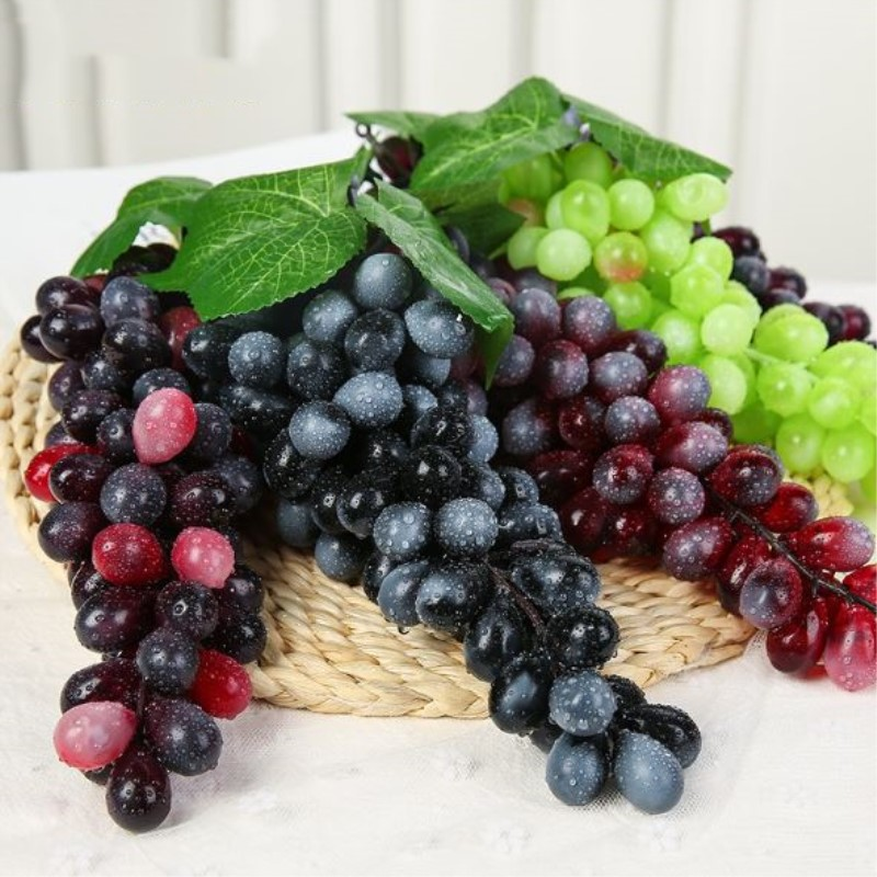NieNie 2Pcs Artificial Grapes DIY Artificial Fruits Plastic Fake Fruit Artificial Raisins for Christmas Home Wedding Decoration