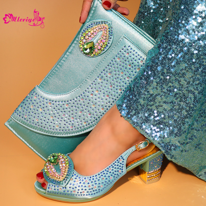 5683-2 New Arrival Ladies Italian Shoes and Bag Set Decorated with Rhinestone Italian Shoes with Matching Bag for Women цена 2017