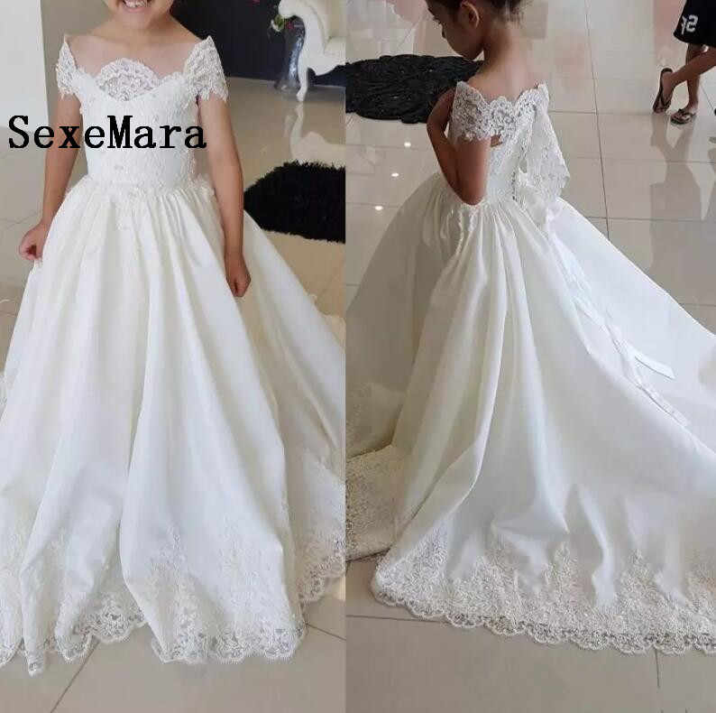 Detail Feedback Questions about 2018 Lace Off The Shoulder Flower Girl Dress  For Wedding Little Bride Princess Gowns With Train Girls Pageant Dresses on  ... 767600fcefed