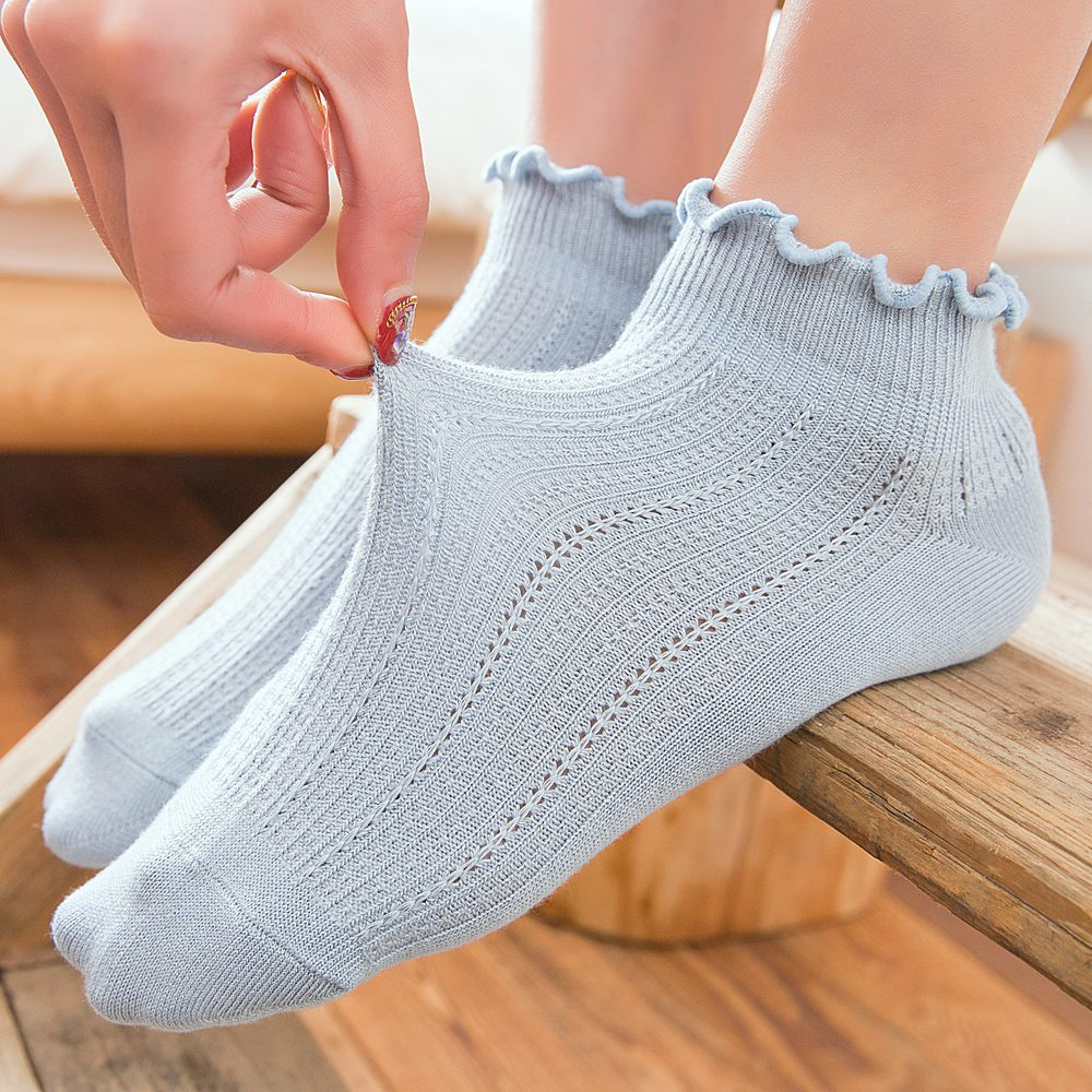 Summer Women Cotton Short Socks Breathable Hollow Cute Socks Solid Color Female Sock Harajuku Sox Mujer Meias