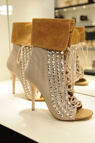 Luxury Women shoes Newest High Quality Hot Sale Fashion Cheap Price Sexy Crystal Thin Heel Shoes Suede Cut-out Ankle Big Size 10 hot sale lt4 202h factory price cheap ce newest latest metal double pedal foot switch for bending machine punch