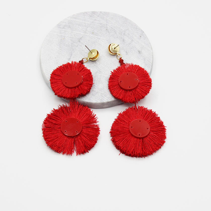 Girl Wind New Fashion Catwalk Hyperbole Baroque Red Tassel Round Big Earrings Wedding Party Sexy Charm Woman Accessories Gift
