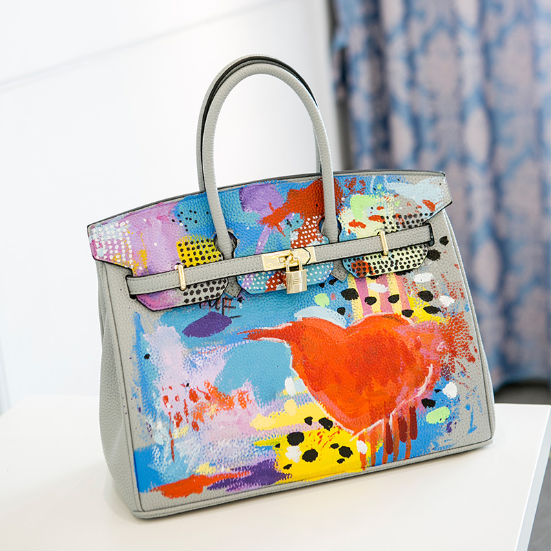 2016European High Quality Original hand-drawn cartoon Large capacity Platinum package 34CM PU leather Gold hardware Graffiti bag 2016 fashion graffiti printed high quality pu leather handbag platinum package buckle handbag with multicolored print large bag