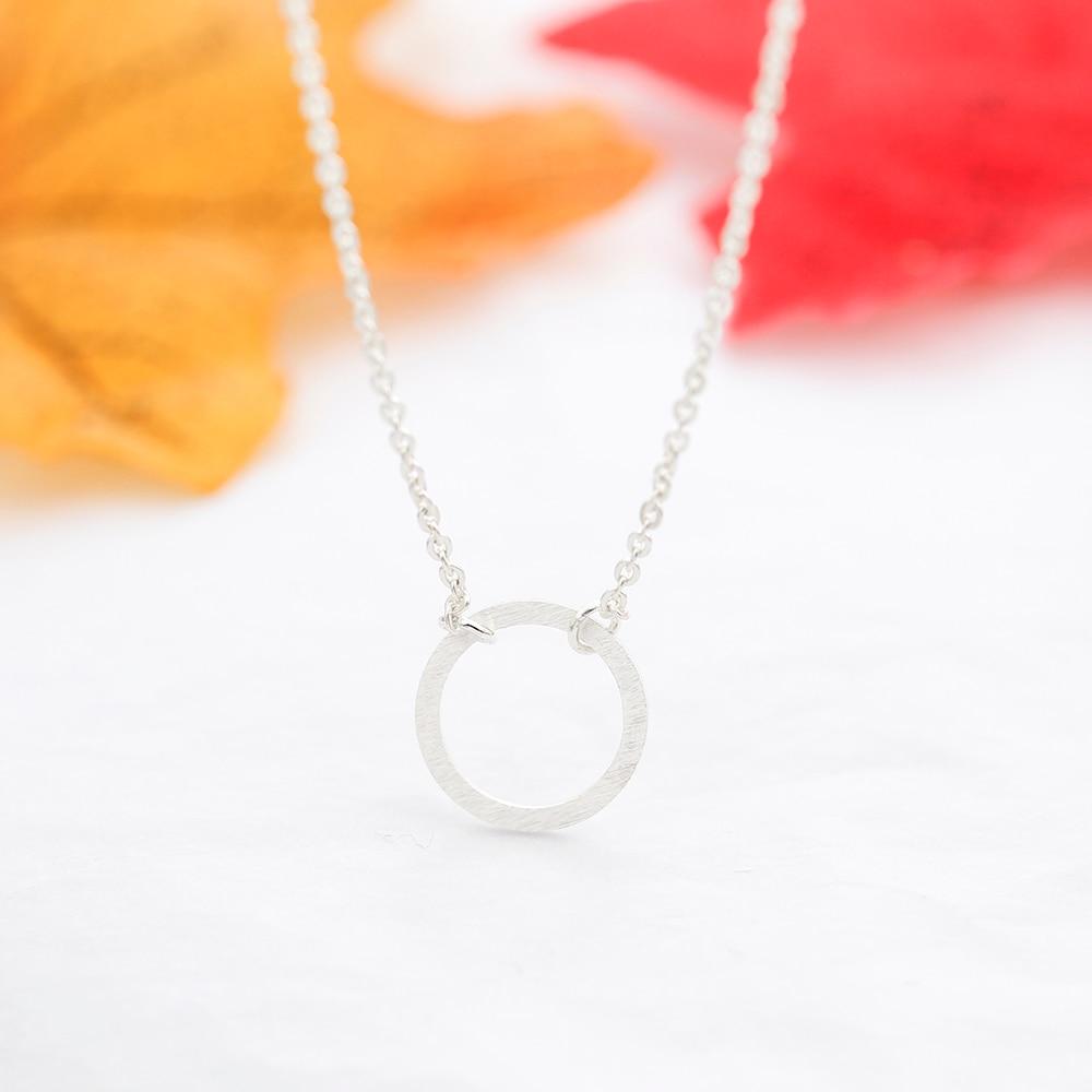 Rvs Eenvoudige Sierlijke Lege Cirkel Ronde Karma Ketting Voor Vrouwen - Mode-sieraden - Foto 6
