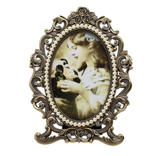 Fashion vintage metal frame wall mounted swing  photo