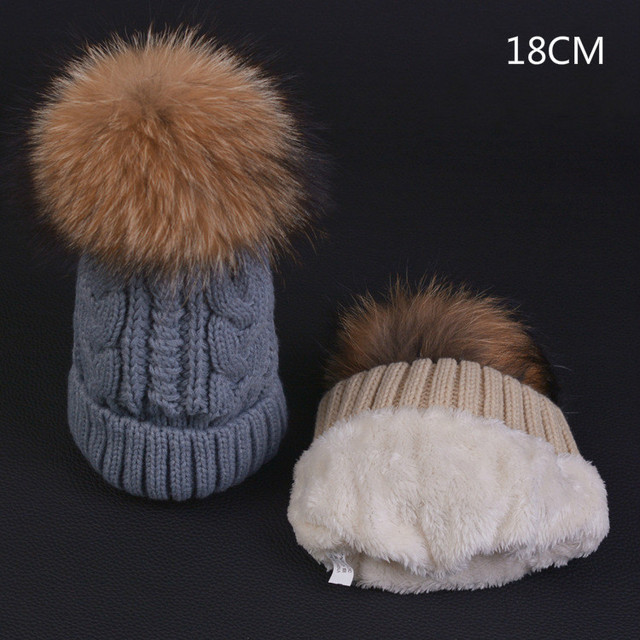 New 100% raccoon fur Autumn and winter large 18cm ball Knitting wool cap Keep warm pointy hat woman Skullies & Beanies