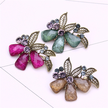 crystal flower brooch jewelery metal pin leaf broche femme bijoux rhinestone brooch kpop pins and brooches for women lapel pin leaf floral artificial gem oval rhinestone brooch