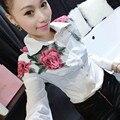 2017 del collar del mandarín bordado blusa mujeres flor blanca tops mujer blusas camisa femenina de algodón traje de negocios vintage
