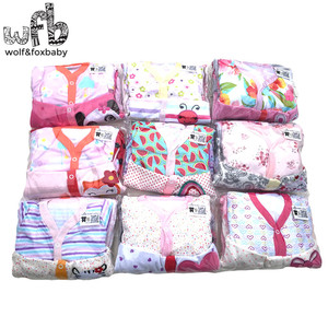 Image 2 - Retail 3 stks/partij 0 12months lange Mouwen Baby Baby cartoon footies body voor jongens meisjes jumpsuits pasgeboren kleding