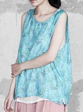 New product launches in the summer of 2017, the original design loose big yards silk vest in women