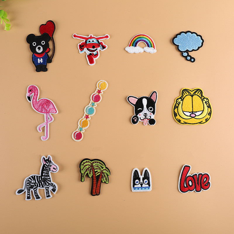12pcs Cartoon Animal Patches Iron On Transfers DIY Accessory Decoration Print On T-shirt Jeans Childrens Christmas Gift