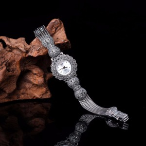 Hot Sale Silver Watch Top Bran