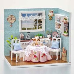 4 نمط اليدوية الإبداعية DIY كوخ سعيد المطبخ بلايموبيل الهوايات نماذج بناء مجموعات لعب للأطفال عيد الميلاد