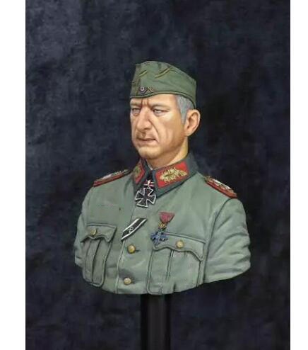 Assembly Unpainted Scale 1/10 Bust WW2 German military bust officer soldier Historical toy Resin Model Miniature Kit resin kits 1 9 hans ulrich rudel german soldier bust unpainted kit resin model free shipping