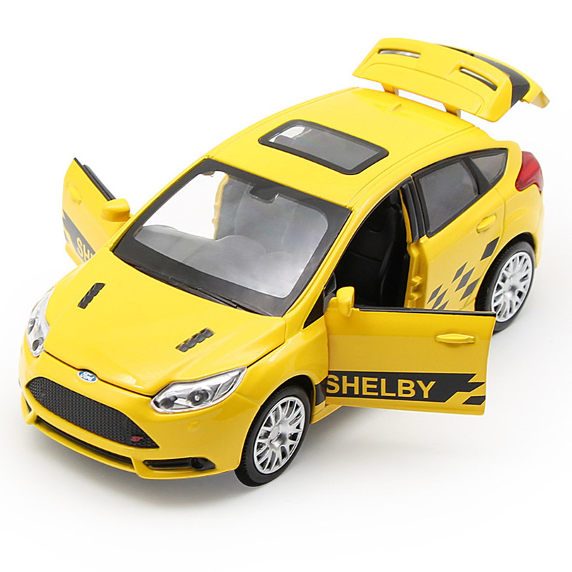 Имитация автомобиля с фокусом в масштабе 1:32, модель игрушечного автомобиля, детские игрушки из сплава, Подлинная лицензия, коллекция, подар...