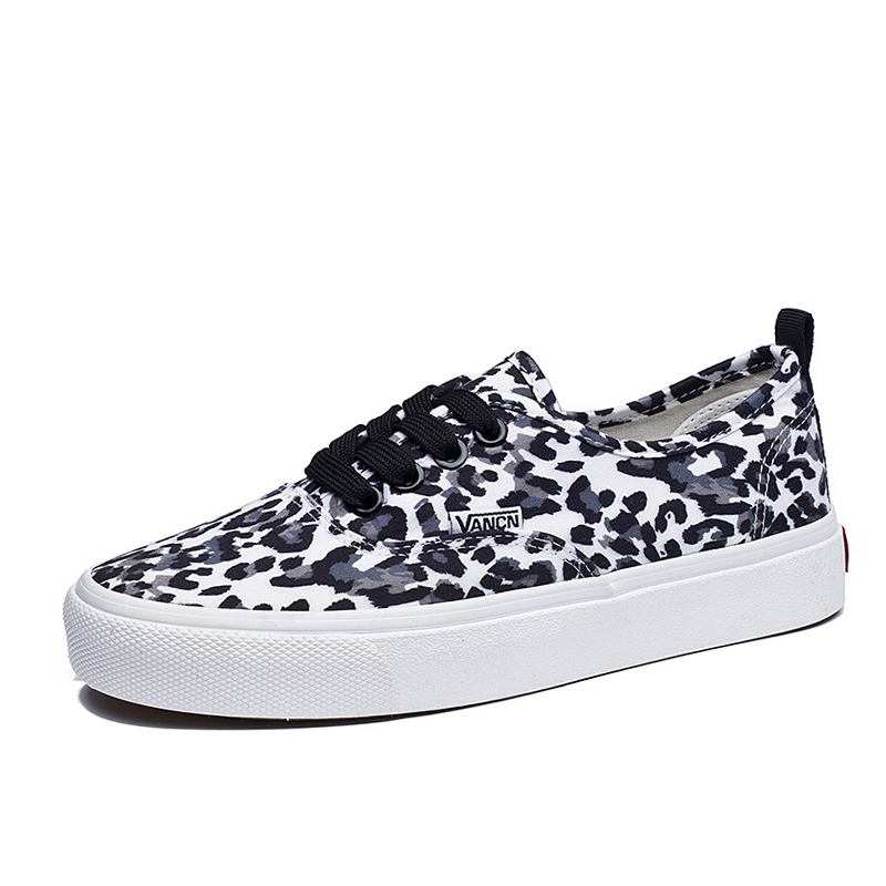 E TOY WORD Leopard Sneakers Shoes Woman 2019 Spring Autumn New Lace Up Casual Canvas Shoes Woman Comfortable Women Flats in Women 39 s Vulcanize Shoes from Shoes