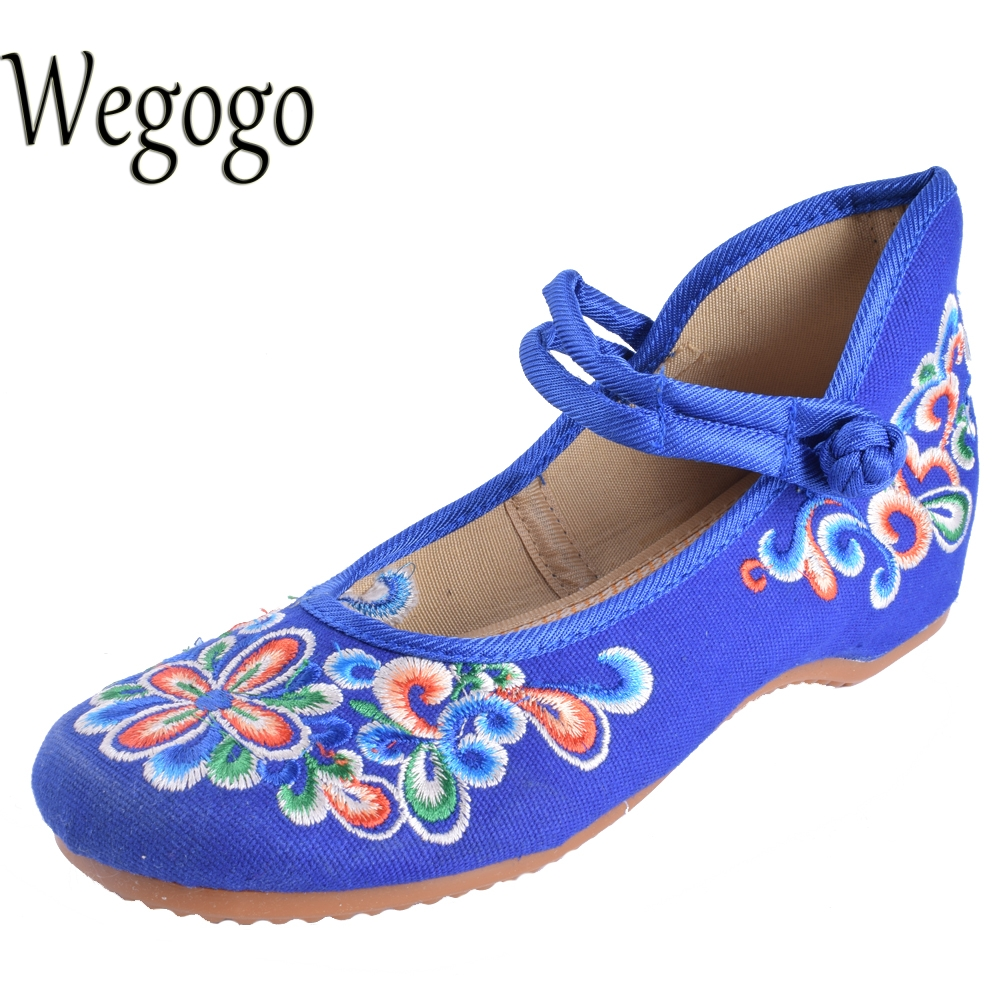 Wegogo Mix Style Women's Shoes Old Peking Mary Jane Flat Heel Denim Flats with Embroidery Soft Sole Casual Shoes  Size 34-41 peacock embroidery women shoes old peking mary jane flat heel denim flats soft sole women dance casual shoes height increase