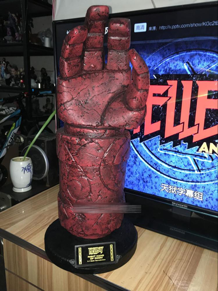1:1 Scale Life Size Scale Prop Hellboy Right Hand of Doom Replica New hellboy giant right hand anung un rama right hand of doom arms hellboy animated cosplay weapon resin collectible model toy w257