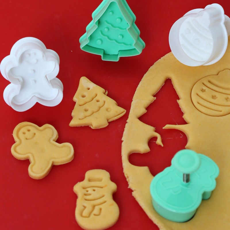 4pcs Set Christmas Cookie Cutter Baking Pastry Stamp Gingerbread Man Snowman Biscuit Mold Fondant Plunger Cake Decoration Tool