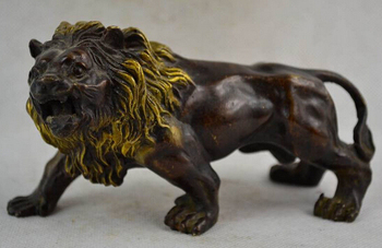 007947 6.18 Inch / Chinese Manual Sculpture Gold-plated Copper Brave Lion Statues