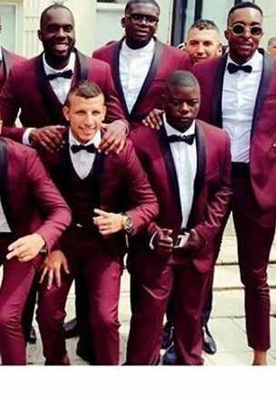 を最新のファッションデザイン:ブルゴーニュショールラペルフォーマルウェディングドレススーツ、男性のスーツスーツ、ワインレッド介添人チーム、新郎ドレス