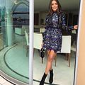 2016 autorretrato vestido azul de manga larga otoño mujeres pesado vestido de encaje sp alta calidad patrón de flor caliente del vestido Del O-cuello ropa