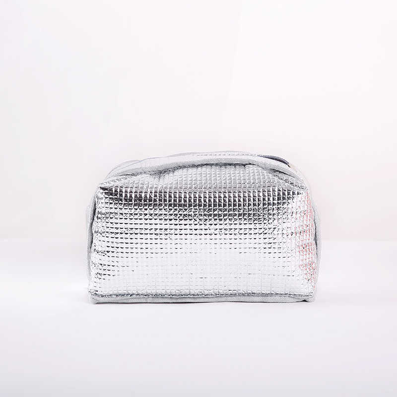Good Quality Travel Or Office Food Cooler Bags Men and Women Thermal Insulation Covers for Beer Cans