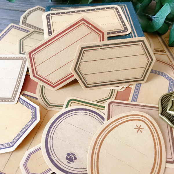 30pcs/lot Tim Holtz Style Retro Kraft Paper Label Comments Box Tags Decorative Stickers DIY Scrapbooking Album Stickers Escolar