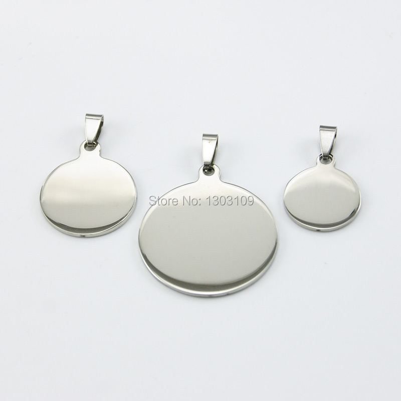 50pcs Fashion DIY jewelry burnish polished round Pendant stainless steel fittings Necklace Pendant for men women wholesale price-in Pendants from Jewelry & Accessories    1